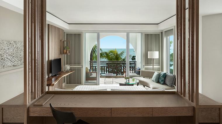 shangri las le touessrok resort and spa Junior Suite Frangipani Club Ocean View King