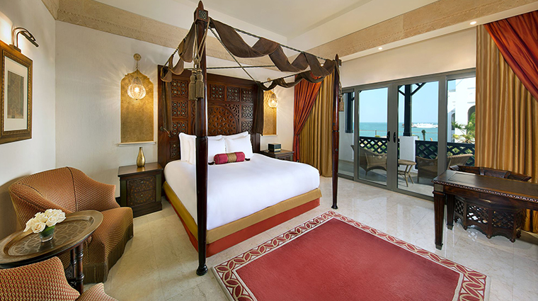 sharq village spa deluxe room