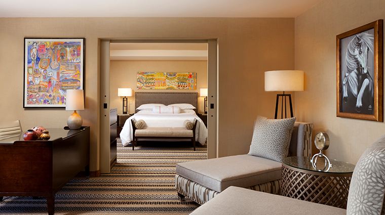 sheraton grand at wild horse pass presidential suite bedroom