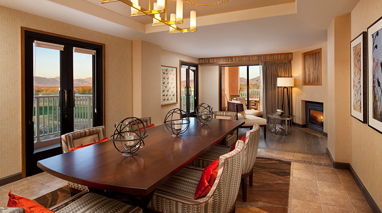 sheraton grand at wild horse pass presidential suite dining room