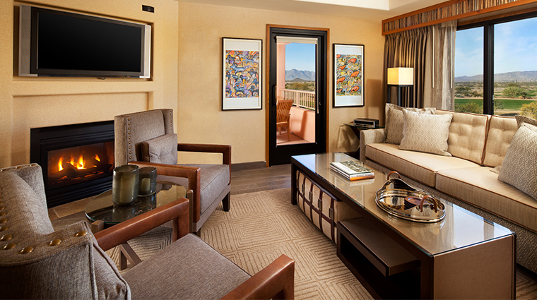 sheraton grand at wild horse pass presidential suite parlor