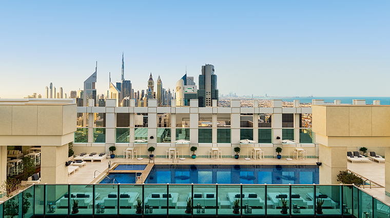 sheraton grand hotel dubai pool rooftop