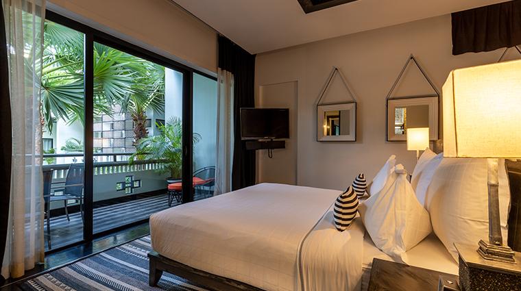 shinta mani angkor guestroom and view
