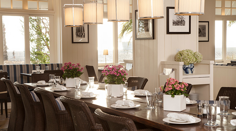 Shutters dining