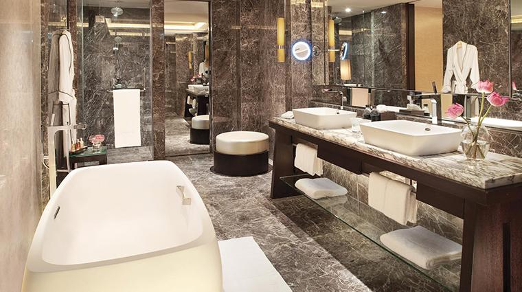 siam kempinski hotel bangkok garden suite