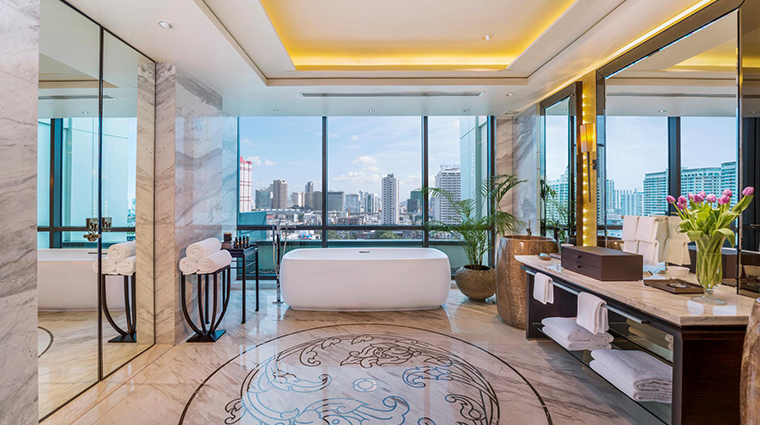 siam kempinski hotel bangkok royal suite bathroom
