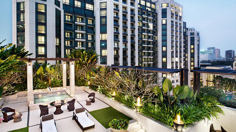 siam kempinski hotel bangkok terrace garden