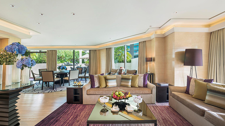 siam kempinski hotel bangkok terrace suite living room
