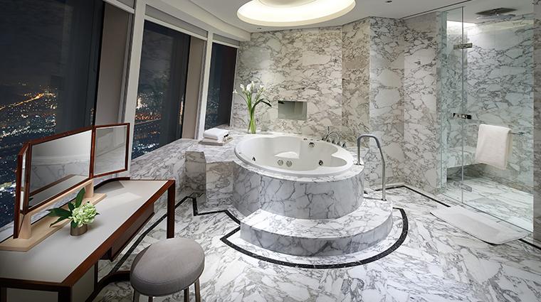 signiel seoul royal suite bathroom