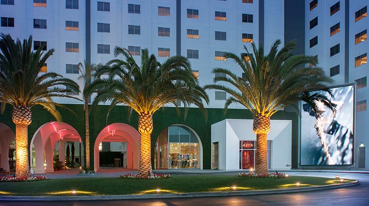 sls las vegas hotel casino paradise entrance