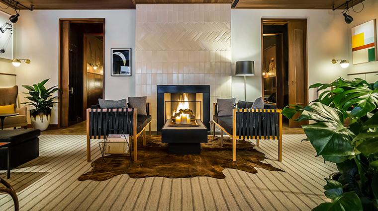 smyth hotel den fireplace