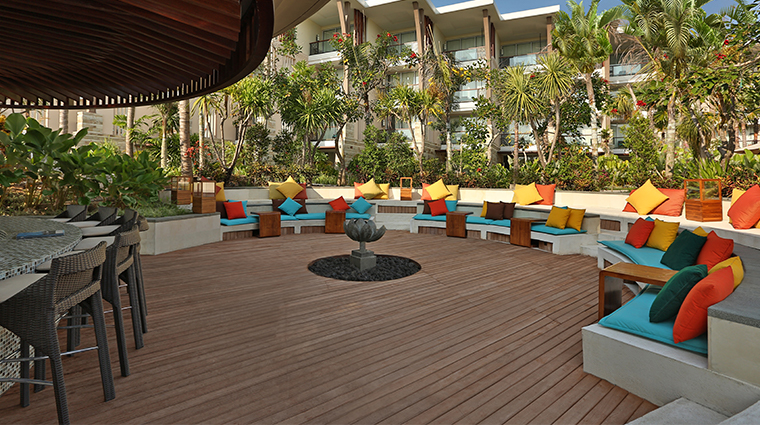 sofitel bali nusa dua beach resort LOh pool bar