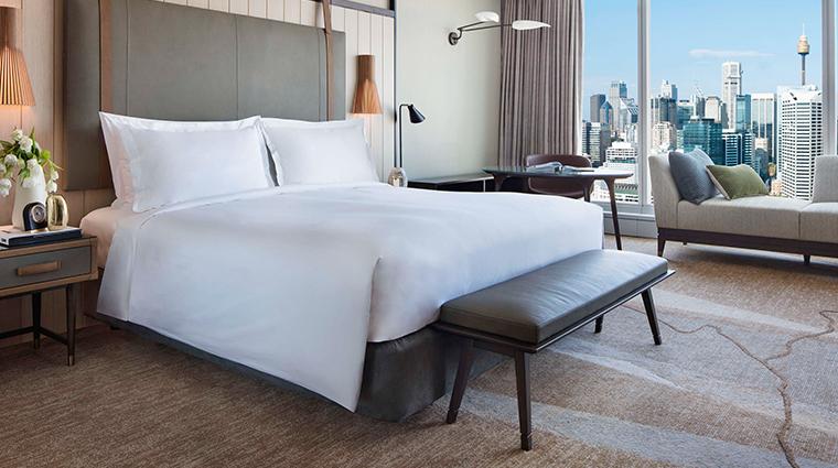 sofitel sydney darling harbour guestroom2