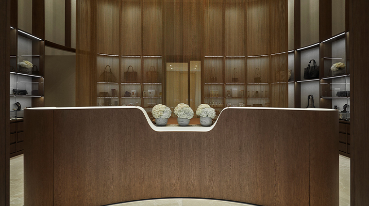spa at four seasons hotel philadelphia at comcast center retail