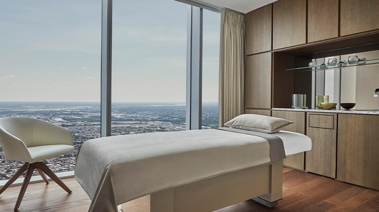 spa at four seasons hotel philadelphia at comcast center treatment room