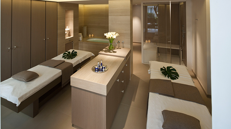 spa le bristol by la prairie couples treatment room