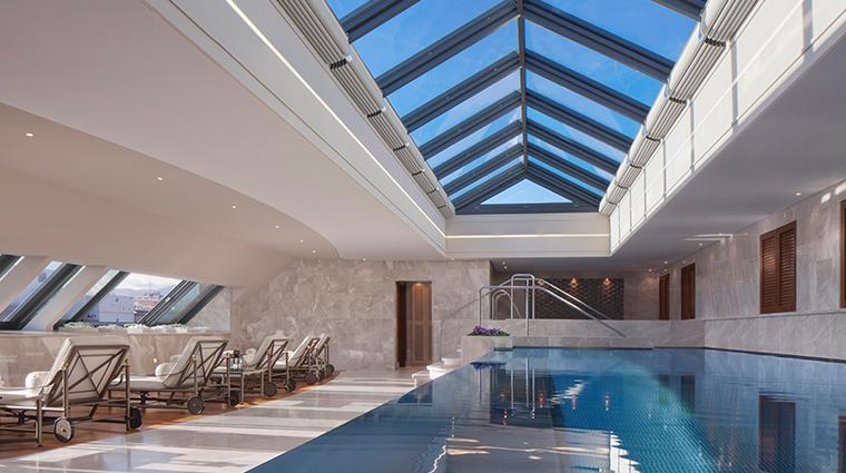 spa mont blanc pool closeup