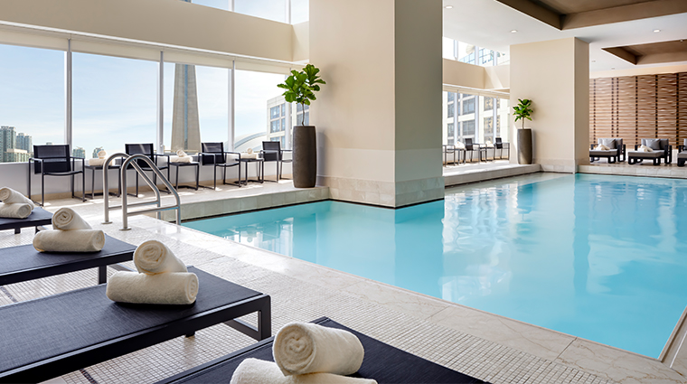 spa my blend by clarins at the ritz carlton toronto spa pool