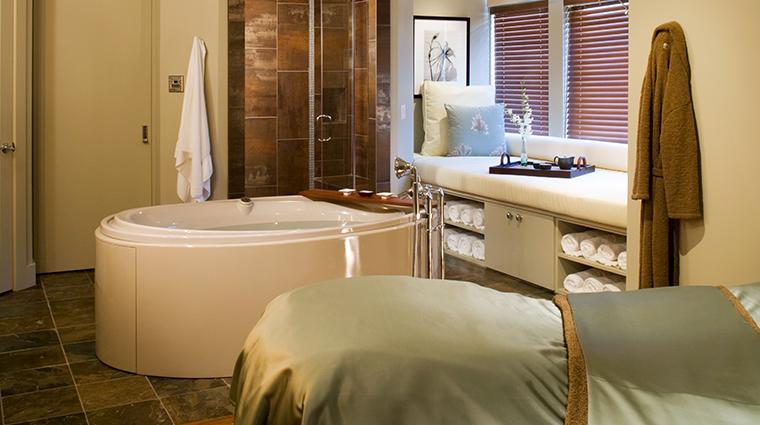 spa walden single spa suite