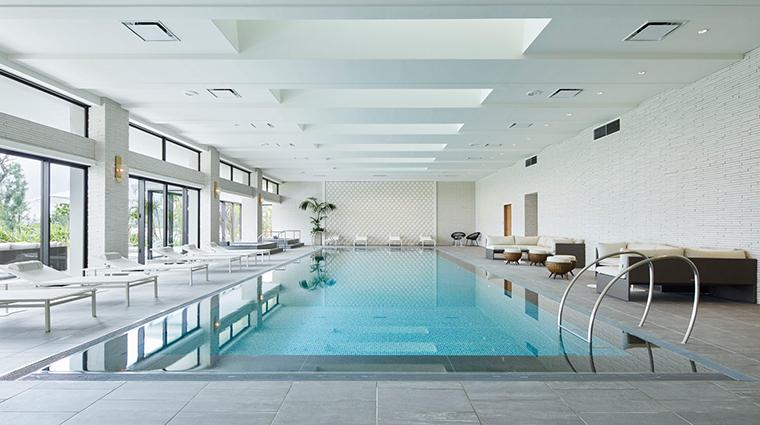 spa halekulani okinawa indoor pool