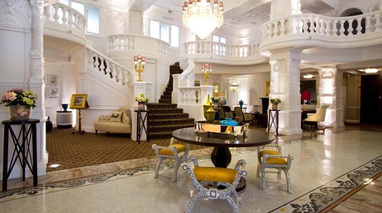 st ermins hotel lobby
