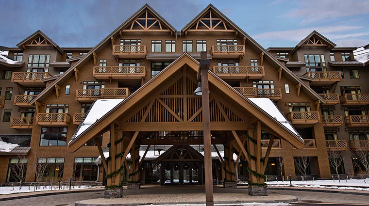stowe mountain lodge entrance