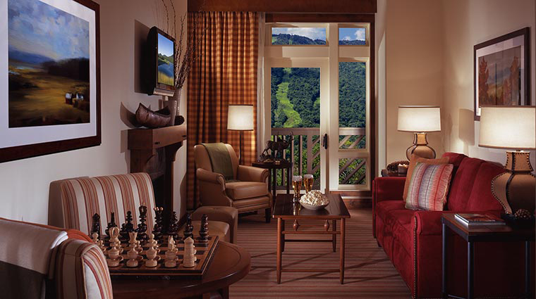 stowe mountain lodge studio suite living room