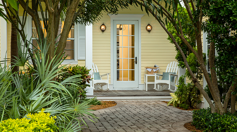 sunset key cottages four bedroom cottage entry