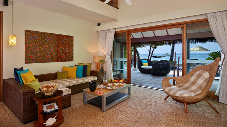 taj coral reef resort spa maldives presidential suite living room