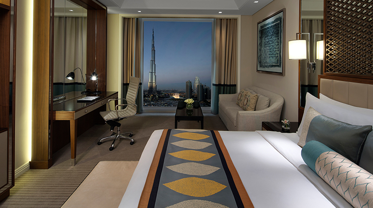 taj dubai luxury room