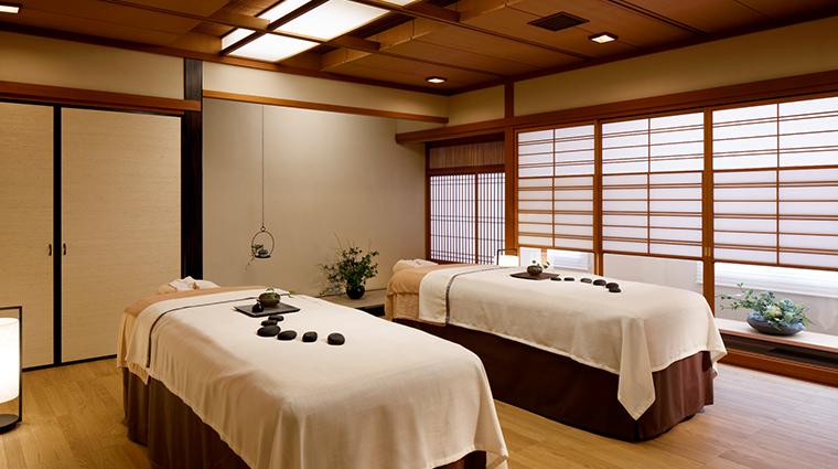 takanawa hanakohro spa treatment room