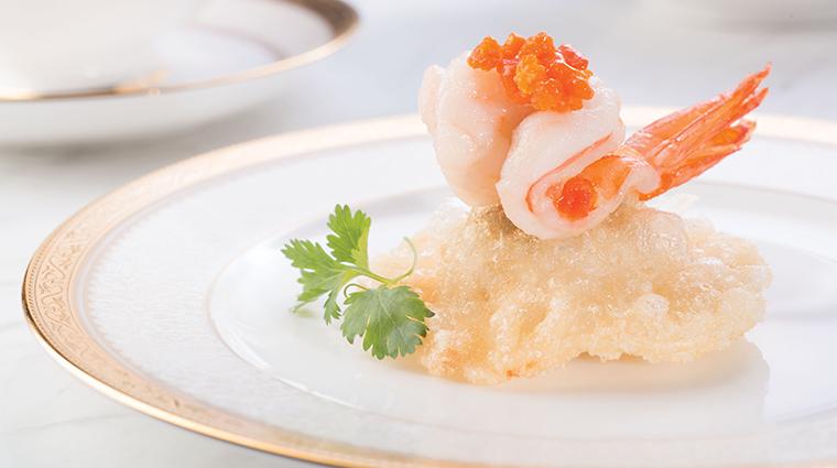 tang court hong kong sauteed prawns