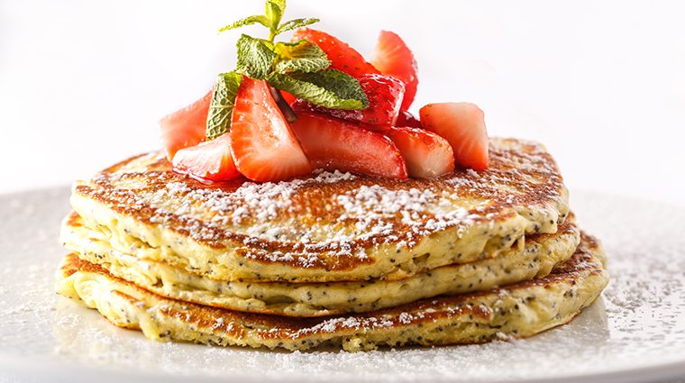 terra mare lemon poppyseed pancakes