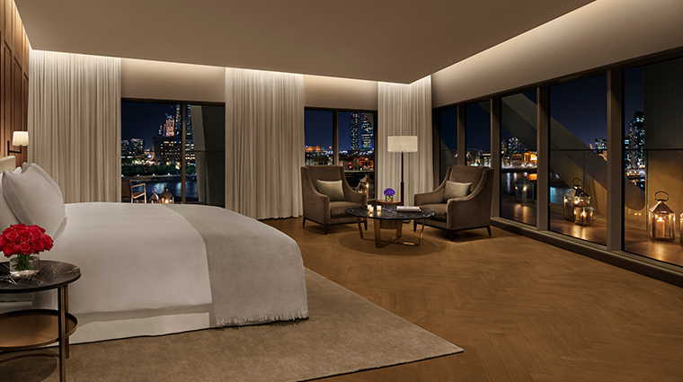 the abu dhabi edition penthouse master bedroom