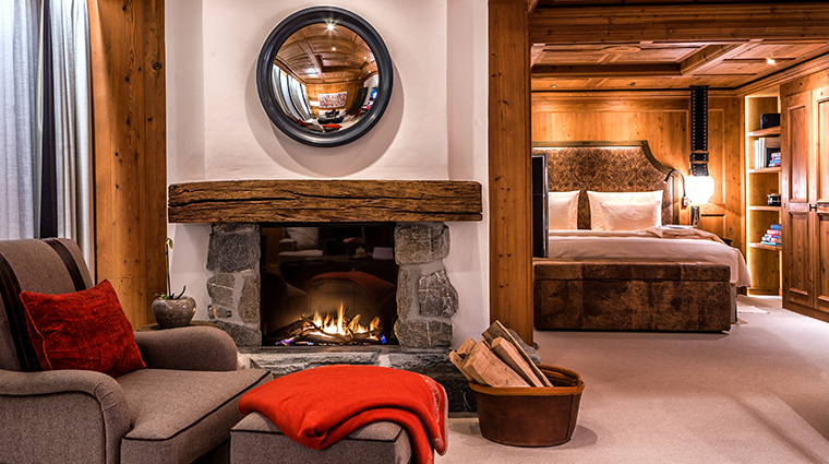 alpina gstaad junior suite living
