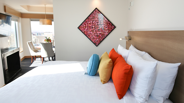 the art a hotel new guestroom