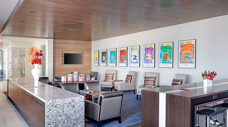 the art a hotel the living room
