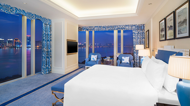the azure qiantang a luxury collection hotel Signature Room