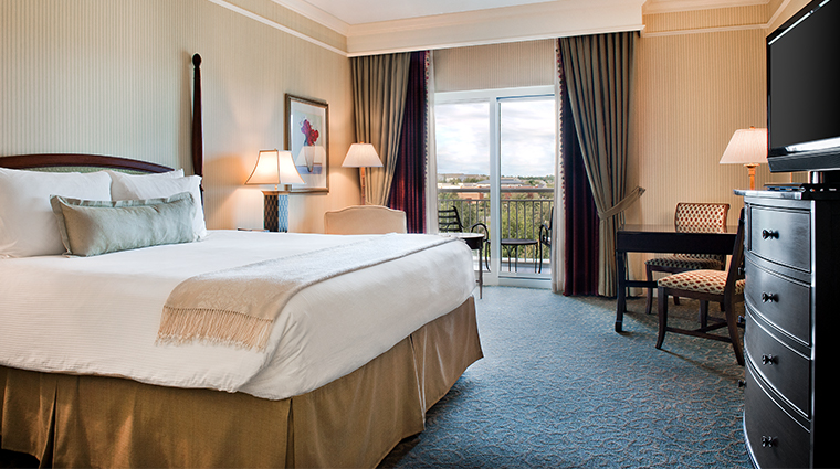 the ballantyne a luxury collection hotel king