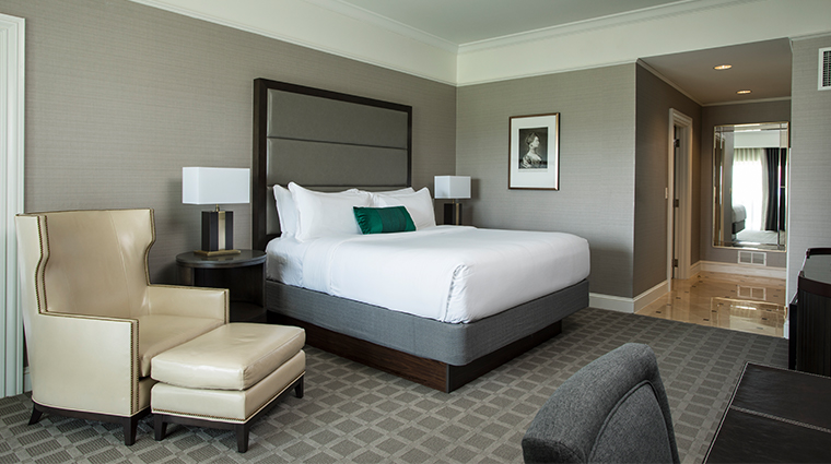 the ballantyne a luxury collection hotel renovated king executive