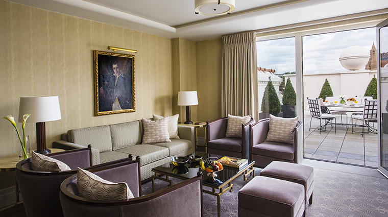 the beaumont terrace suite sitting room