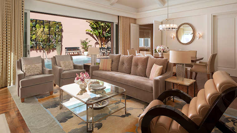 the beverly hills hotel bungalow toupe