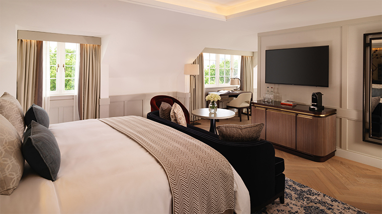 the biltmore mayfair king premier junior suite