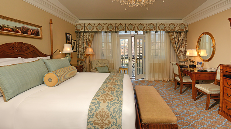 the broadmoor main room