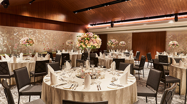 the capitol kempinski hotel singapore wedding setup