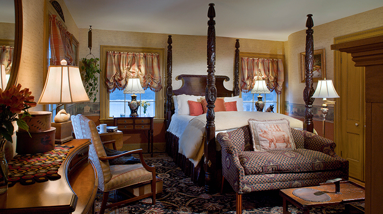 the bernards inn hesper suite bedroom
