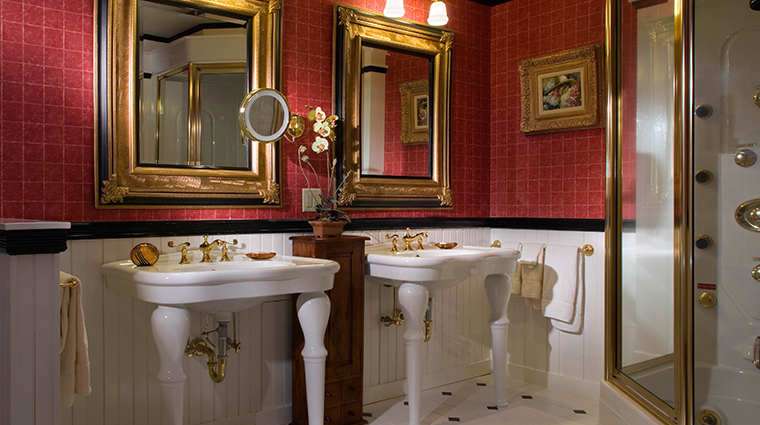 the bernards inn may lord suite bathroom