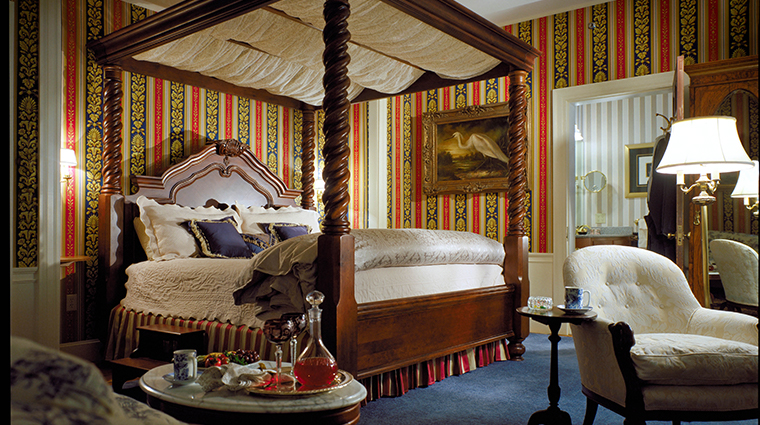 the bernards inn oriental suite bedroom