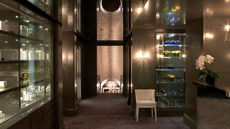 the carlyle a rosewood hotel sense spa foyer