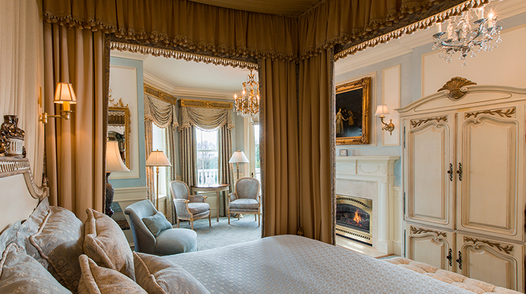 the chanler Luis XVI room